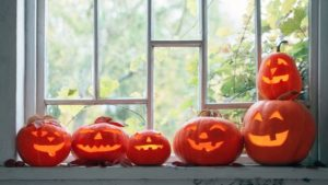 Can Halloween Help You Sell Your House? Try These 3 Spooky Tricks!