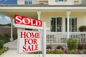 Want to Make the Most Money on Your Home? Don't Sell it Yourself